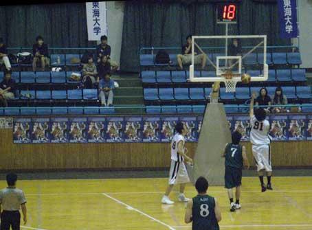 前シーズンの東海大体育館です。