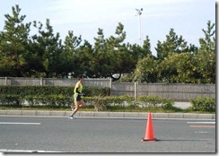 11湘南市民マラソン先頭